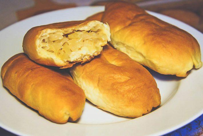 Вкусный рецепт пирожков с капустой на картофельном тесте в домашних условиях.
