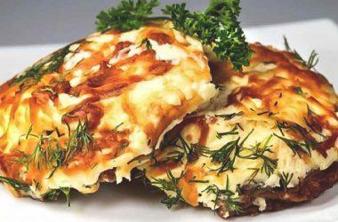 Рецепт вкусной свинины под картофельной шубой по-домашнему.