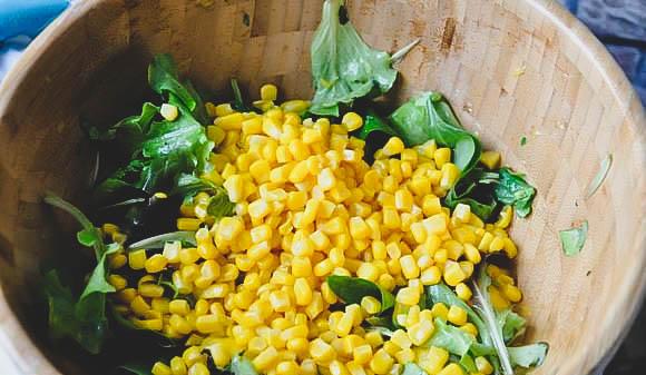 Как приготовить вкусный салат с авокадо и манго в домашних условиях?