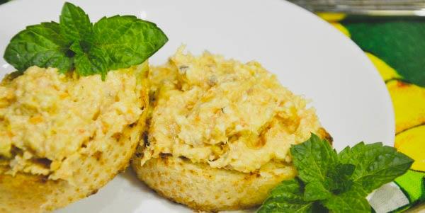 Как приготовить паштет из селёдки с плавленным сыром в домашних условиях?