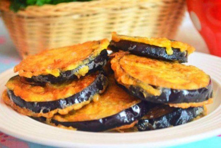 Простой рецепт приготовления вкусных баклажан в кляре.