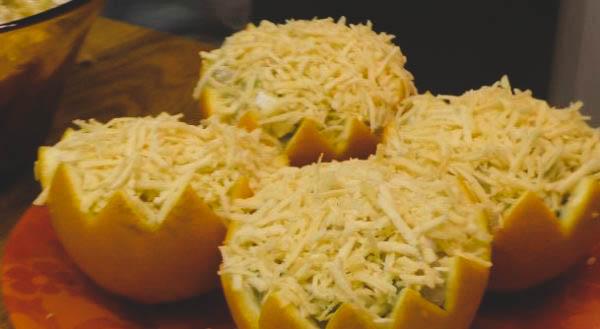 Как приготовить салат в домашних условиях из курицы и апельсинов?