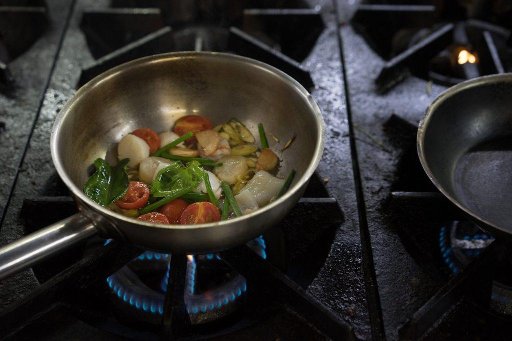 Очень просто готовится суп Том Ям с нашим рецептом.