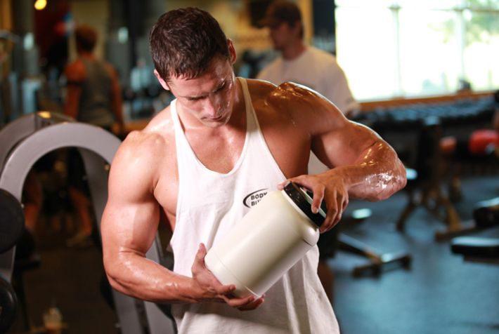 Гейнер или протеин: что лучше для набора массы?
